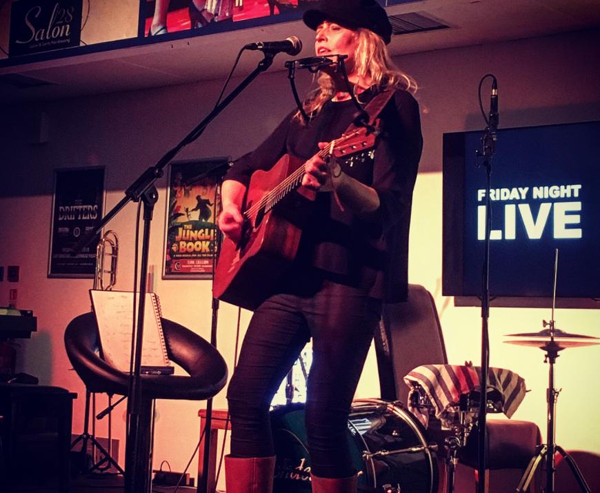 Sadie Jemmett: Friday Night Live
