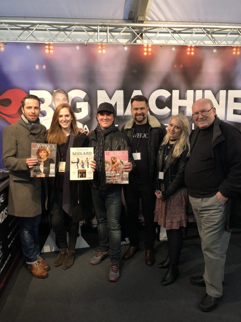 The Big Machine Group with Maverick: Scott Borchetta (third from left); Managing Director, David Rossiter, Hand Media International (third from right); Maverick's Editor, Holly Payne, (second from right)